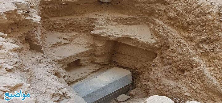 تفسير حلم زيارة القبور والبكاء