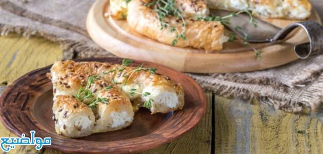 طريقة عمل الفطائر التركية المقلية وبالجبنة واللحمة
