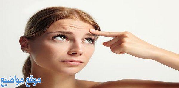 طرق علاج تجاعيد الوجه بالأعشاب وأسباب ظهورها