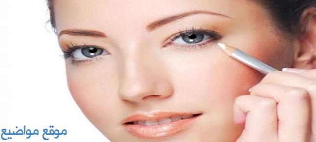 فوائد واستخدامات الكحل الأبيض لتكبير وتوسيع العيون