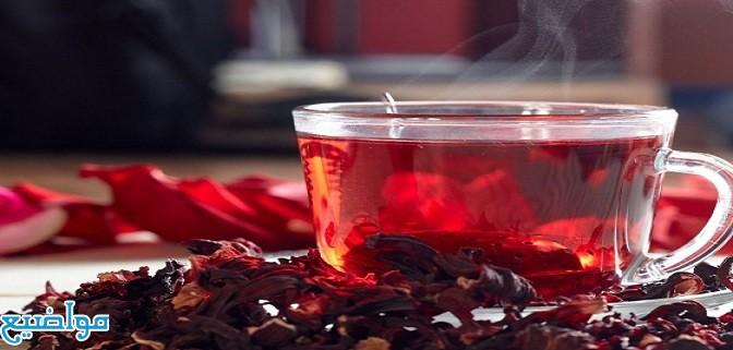 فوائد شاي الكركديه البارد والساخن للبشرة والشعر
