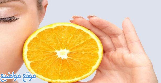فوائد فيتامين سي للبشرة وطريقة الاستخدام